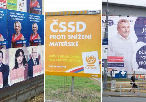 Kandidáti do Sněmovny zatím utratili 50 milionů korun za venkovní reklamu